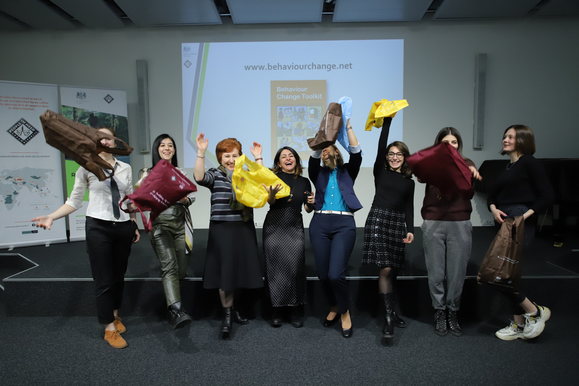 ENCOURAGING THE SWITCH TO REUSABLE SHOPPING BAGS IN ARMENIA